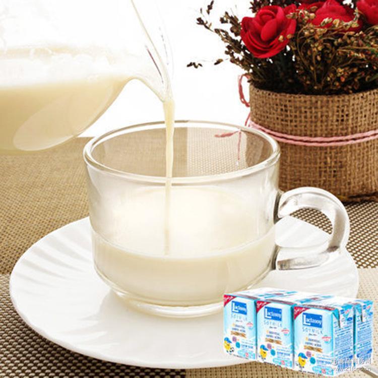 6盒一组 泰国进口力大狮250ml 原味巧克力味健康饮品 营养早餐奶