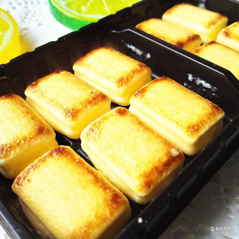 日本进口零食 森永bake 38g creamy芝士奶油夹心烤巧克力饼干