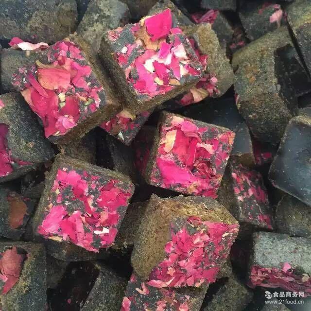 厂家直销手工熬制 蔓越莓黑糖500斤起订 可定制口味玫瑰四物红糖