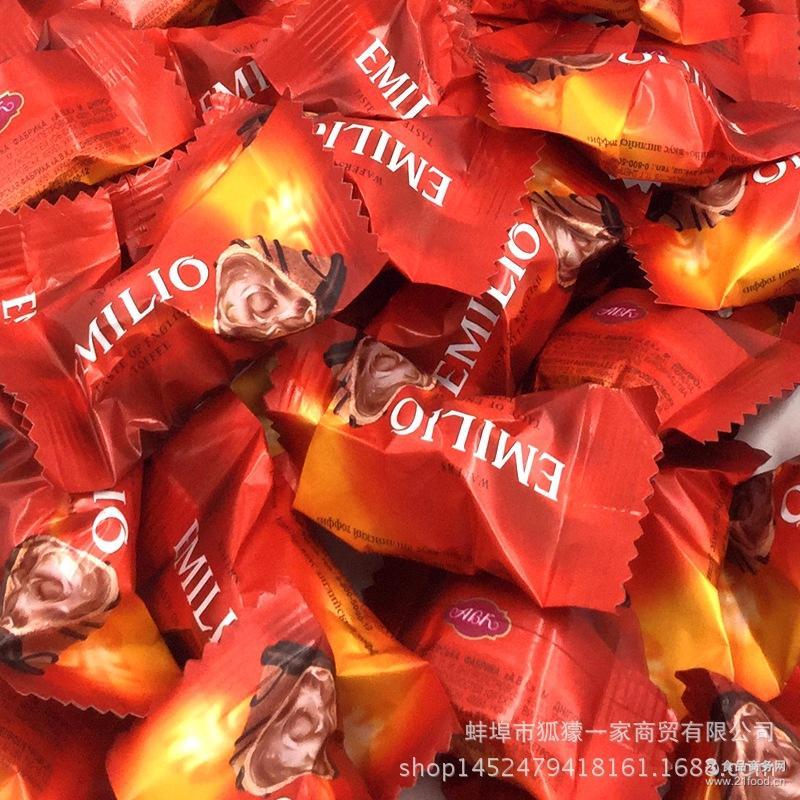 狐獴一家 新款俄罗斯进口Emilio夹心巧克力糖果零食结婚喜糖批发