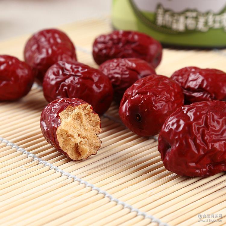 新疆特产免洗即食 果干休闲食品 若羌红枣 罐装零食215g