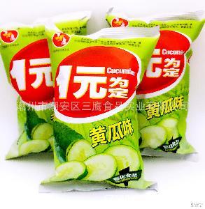 黄瓜味薯片休闲零食一元食品小食品 膨化食品批发 整箱160包