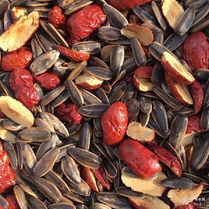 新品上市休闲食品坚果炒货红枣瓜子散装 一件代发