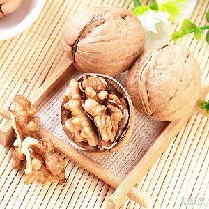 新疆和田一级薄皮核桃营养美味健康