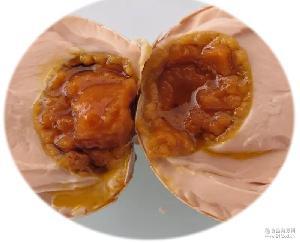 采用独特工艺腌制 承硕麻酱鸡蛋 味道很香 天津蓟县特产