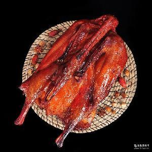 农家自制烟熏腊鹅宜宾特产厂家直销 四川腊味烟熏鹅肉 南溪板鹅