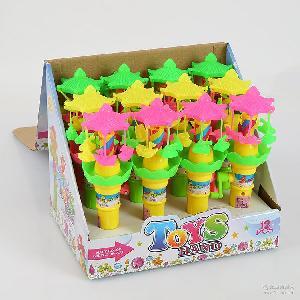真伙伴 旋转木马型趣味灯光手摇玩具糖果水果糖果批发