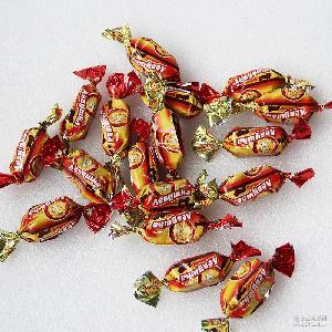 俄罗斯进口1000g/袋红狮子果冻果酱夹心巧克力喜糖果现货供应直销