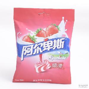 预定 一箱(24袋)阿尔卑斯顺滑田园草莓牛奶味硬糖150g袋装糖果