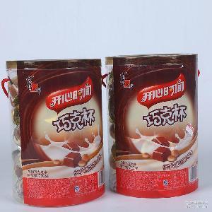 喜之郎开心时间巧克杯720g桶装巧克力饼干星球杯零食儿童休闲零食