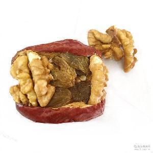 新疆一级和田红枣散装500g红枣夹葡萄核桃 新品包邮 休闲食品