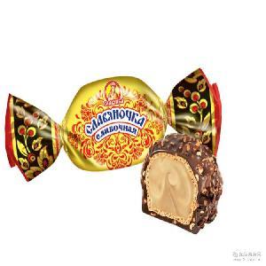 1000克*5袋 俄羅斯【斯拉夫-8016】奶油醬心巧克力球 大黃球 箱