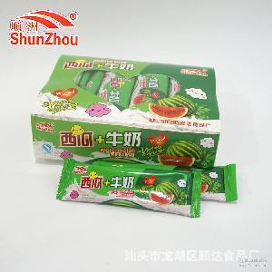 西瓜+牛奶水果味奶糖厂家直销糖果一盒450克一盒30条一箱20盒