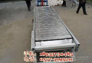 运输平稳废铁输送机耐高温 链板输送机