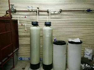 每小时出水4吨多阀多罐全自动锅炉软化水设备厂家价格