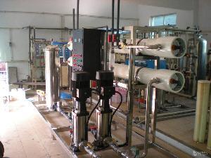 郑州厂家热销4吨反渗透设备 反渗透设备价格专业生产厂家